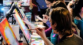Kunstworkshops in Restaurants und Bars
